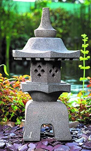 IDYL Lavastein Stein Laterne Yukimi Gata | Höhe 55 cm |frostfest |Asiatische Gartendeko | massives Naturprodukt | Handarbeit |Wintergarten | Steinlaterne
