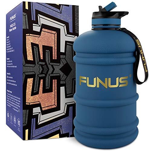 SOCOO Botella de agua deportiva de 1,3 a 2,2 litros, sin BPA, para deporte, para la escuela, de plástico, para niños (2,2 L), color azul marino