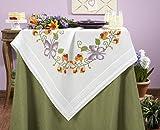 Kamaca Set complet de broderie au point de croix à réaliser soi-même avec sur-nappe Motif Envolée de papillons 100%coton 80x80cm [français non garanti]