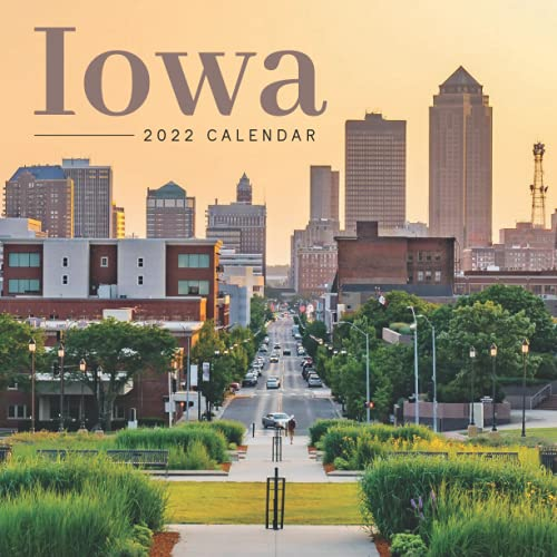 Iowa 2022 Calendar: Great 12-month Large Grid Calendar 8.5 x 8.5 for scheduling, planning, and note!!!