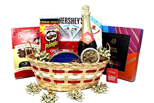 Ultimate Gourmet Christmas Hamper with Sparkling Drink, Luxurious Chocolates, Sweets and Biscuits. Family Friendly Bubbly Christmas Hamper