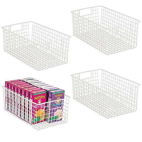 mDesign 4er-Set Allzweckkorb – tiefer Aufbewahrungskorb aus Metalldraht – kompakter Drahtkorb mit Griffen – universelle Gitterbox für Küche, Bad und andere Räume – mattweiß