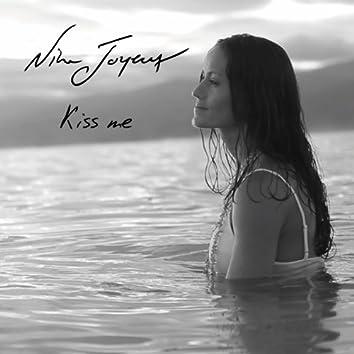 Kiss Me