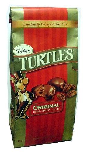 De Met's Original Pecan Chocolate Caramel Turtles 17.5 Ounce Gift Bag by Demet's