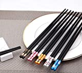 Iktu Beautiful Sushi Japanese/Chinese Chopsticks Set Black Reusable Glass Fiber Chop Sticks