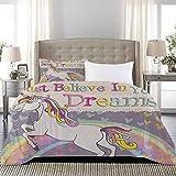 UNOSEKS LANZON - Juego de ropa de cama con figura de unicornio con creer en tus sueños, funda de edredón transpirable y cómoda, color lila y beige, tamaño completo