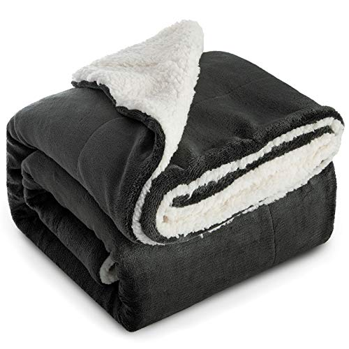 Bedsure Sherpa Fleece Blanket Throw Size Dark Grey Plush Throw Blanket Fuzzy Soft Blanket Microfiber