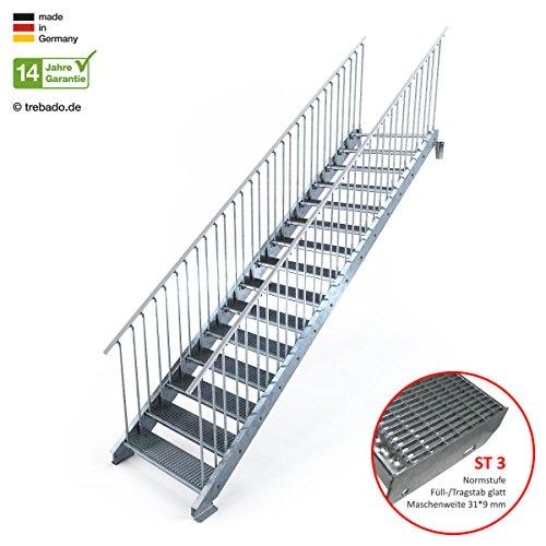 Außentreppe 15 Stufen 100 cm Laufbreite - beidseitiges Geländer - Anstellhöhe variabel von 250 cm bis 300 cm - Gitterroststufe ST3 - feuerverzinkte Stahltreppe mit 1000 mm Stufenlänge als montagefertiger Bausatz