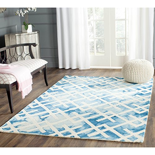 Safavieh Dip Dye Collection DDY677G Handmade Geometric Watercolor Blue and Ivory Wool Area Rug (8' x 10')