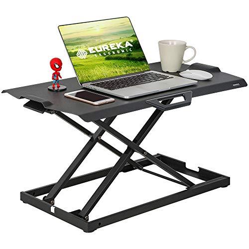 EUREKA ERGONOMIC Steh-Sitz Schreibtisch Ultra Dünn Höhenverstellbarer Schreibtischaufsatz Tragbar Stehpult Schreibtischaufsatz für Laptop Monitor Keine Installation Erforderlich Schwarz 76.2 cm/30''