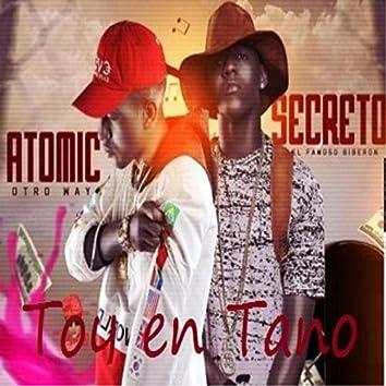 Toy En Tano (feat. Atomic Otro Way)