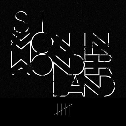 Simon in Wonderland