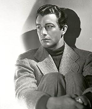 Robert-Taylor-1940s-Celebrities-Mens-Hairstyles 8 x 10 Photo