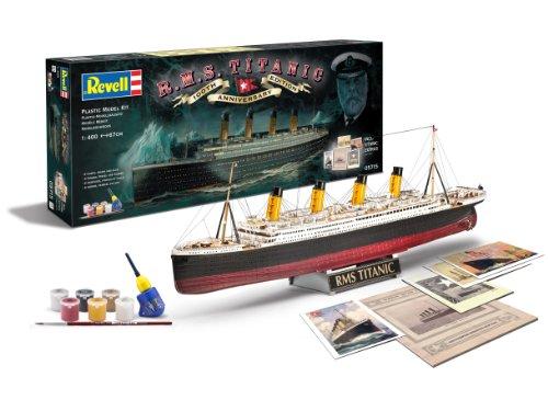 """Revell RV05715 Modellbausatz Schiff 1:400 - Geschenkset """"100 Jahre TITANIC"""" im Maßstab 1:400, Level 5, originalgetreue Nachbildung mit vielen Details, Kreuzfahrtschiff, 05715"""