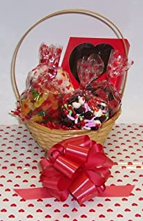 Scott's Cakes Small Cupids Arrow Valentine Basket Handle Heart Wrapping