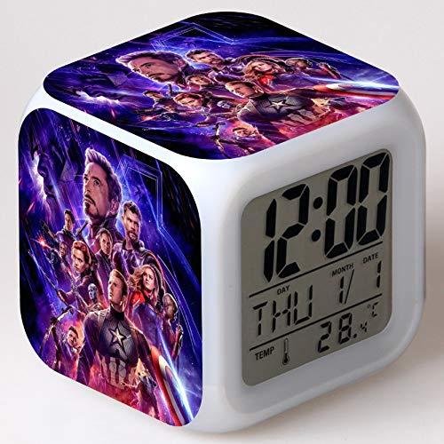 Despertador de películas de superhéroes con 7 relojes de escritorio digitales con cambio de color LED, despertador para niños con termómetro reloj de escritorio retroiluminado personaje mini reloj