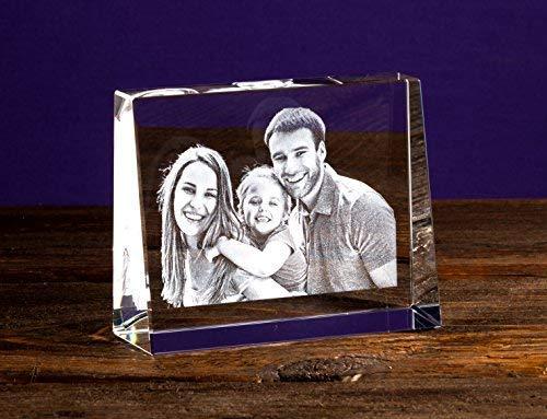 Isonio Glasfoto - Ihr eigenes Foto in Viamant Glas gelasert - Foto im Kristallglas als Fotogeschenk (Größe S Querformat 80 x 60 x 25mm)