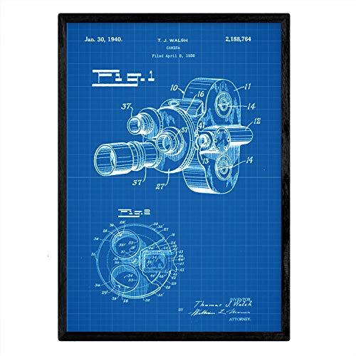 Poster Nacnic De gepatenteerde camera 8 millimeter. Blad met oud ontwerp patent A3-formaat met blauwe achtergrond