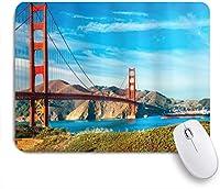 NIESIKKLAマウスパッド ゴールデンゲートサンフランシスコアメリカ合衆国晴れた夏の空晴れた日の海の石観光地のイメージ ゲーミング オフィス最適 高級感 おしゃれ 防水 耐久性が良い 滑り止めゴム底 ゲーミングなど適用 用ノートブックコンピュータマウスマット
