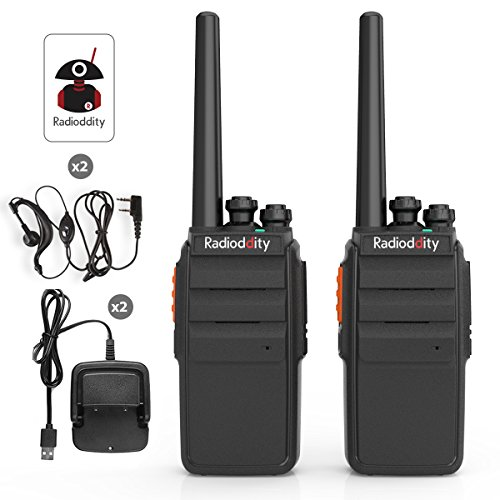 Radioddity R2 Long Range Walkie Talkie UHF Two Way Radio Rechargeable Scrambler Perfect for Survival Camping Hunting with USB Desktop Charger + Earpiece (2 Pack)
