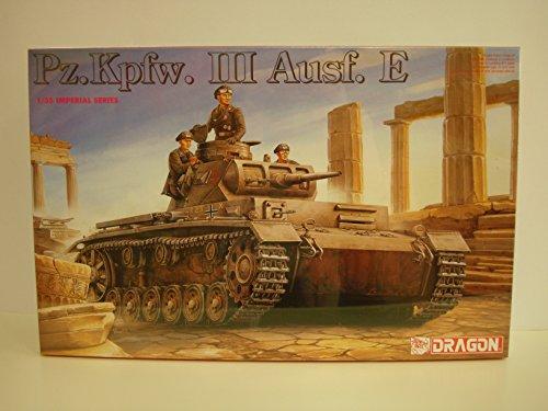 Dragon Pz.Kpfw. III Ausf. E 1:35 Scale Military Model Kit