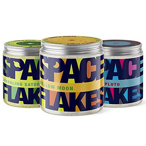 SPACE FLAKES® 3er SET Body Scrub Körperpeeling SPARPREIS mit je 600g Meersalz und wertvollen Bio-Ölen für sanfte Hautpflege mit je 600g Honig-Mandel Sandelholz...