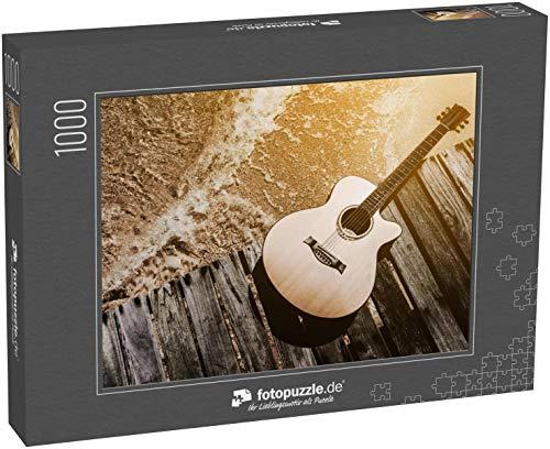 Puzzle 1000 Teile Konzept der Sommerreise mit Gitarre am Strand - Klassische Puzzle, 1000 / 200 / 2000 Teile, edle Motiv-Schachtel, Fotopuzzle-Kollektion 'Musik'