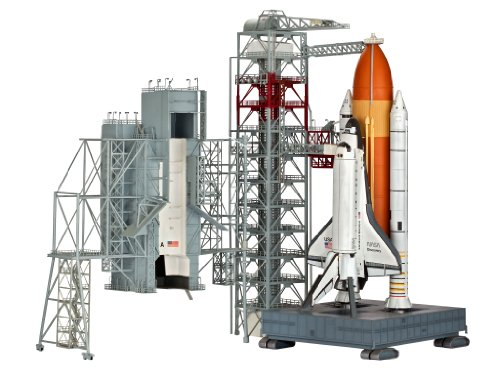 Revell Modellbau 04911 - Launch Tower and Space Shuttle im Maßstab 1:144