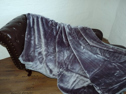 Natur-Fell-Shop Kuscheldecke Tagesdecke Decke Glanz-Design grau anthrazit 160x200cm