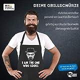 MoonWorks® Grill-Schürze für Männer mit Spruch I am The one who Cooks Baumwoll-Schürze Küchenschürze schwarz Unisize - 2