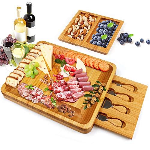 Good-like Käseschneidebrett mit Besteck, Käsebrett aus Bambus Käseplatte 2 versteckter Schubladen mit 4 Käsemesser Set