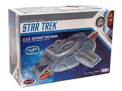 Polar Lights Star Trek USS Defiant 1:1000 Scale...