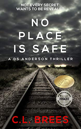 No Place is Safe: A DS Anderson Thriller (English Edition)