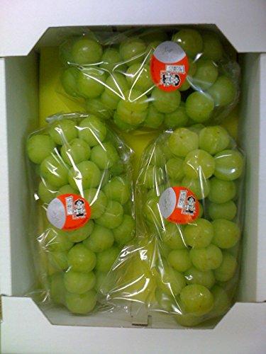 秋旬の桃太郎ぶどう 2kg箱(2房〜4房)【皮ごと種なし】 岡山県産