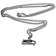 Officially licensed product licensee: Siskiyou buckle 20 inch chain necklace Fully cast metal pendant Enameled teams colors