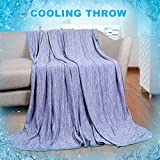 Cooling BlanketJapanese Q-Max 0.4 Technology keep cool in hot...