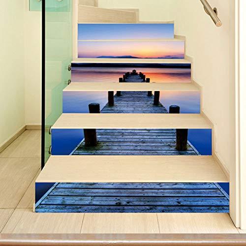 Decoración de escaleras para cocina principal.