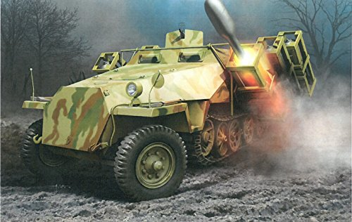 Dragon Models 1/35 Sd.Kfz.251 Ausf.D with 28/32cm Wurfrahmen 40 (2 in 1) Kit