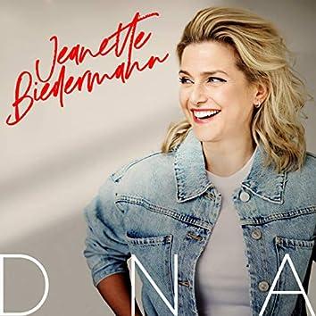 DNA (Deluxe Version)