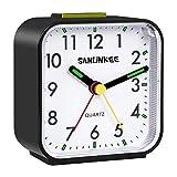 Silencioso Reloj Despertador Digital,Mini Reloj Alarma Portatil con Luz de Noche,Sonido Potente, Alarma Progresiva,Sin Tintineo, Snooze,Funciona con Pilas,para Dormitorio, Oficina y Hogar