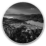 Impresionantes pegatinas de vinilo (juego de 2) 20 cm (bw) – Coniston Water Lake District England Divertidas calcomanías para portátiles, tabletas, equipaje, reserva de chatarras, neveras, regalo genial #37100