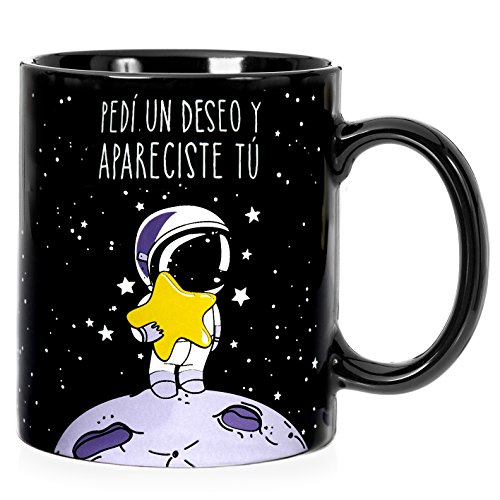 Taza mug desayuno de cerámica negra 32 cl. con frase bonita 'Pedí un deseo y apareciste tú' modelo Estrella Fugaz