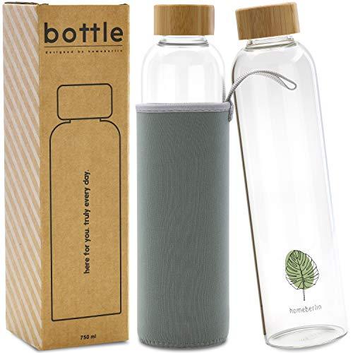 homeberlin® Premium Glasflasche in 750ml mit Schutzhülle - Trinkflasche aus Glas für unterwegs mit Bambusdeckel - Wasserflasche für Sport, Büro und Kinder in Geschenkbox