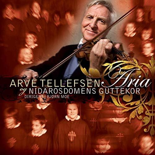 Arve Tellefsen & Nidarosdomens Guttekor