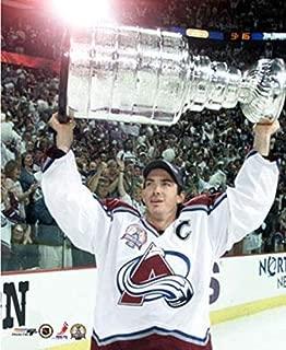 Joe Sakic Colorado Avalanche 2001 Stanley Cup Photo (Size: 20