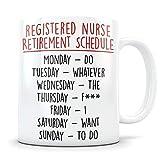 Regalos de jubilación de RN para hombres y mujeres felices y jubilados de la taza de café de enfermería Felicitaciones Taza divertida de jubilación de mordaza para enfermeras tituladas que se jubilan