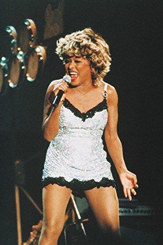 Erthstore Póster de Tina Turner The Legend in Concert Pose de los años 80 (27,9 x 43,1 cm)
