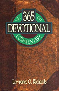 The 365 Day Devotional Commentary (Home Bible Study Library)