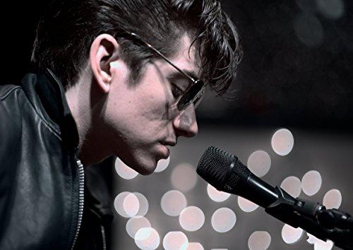 Arctic Monkeys (19) Band Muziek Poster Vocals Kunstenaar Singer Guy Met Bril Lederen Jas Photo Picture Art