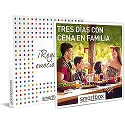 Smartbox - Caja Regalo - Tres días con Cena en Familia - Idea de Regalo - 2 Noches con Desayuno y Cena para 2 Adultos y hasta 2 niños